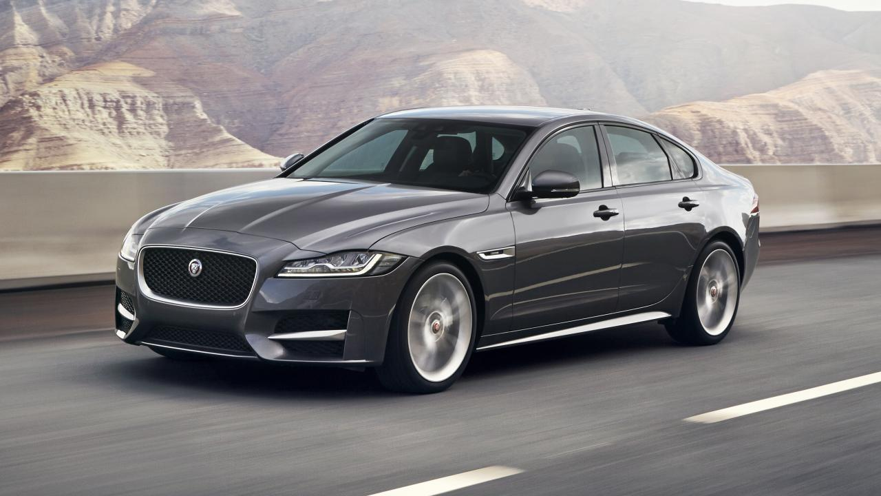 A comprehensive review of the Jaguar XF